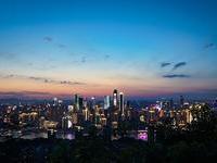 众安保险香港上市融资百亿,揭秘三马背后真正的牧马人……