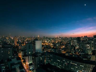 """无锡、西安、上海多地推新政""""解救""""楼市 还有哪些城市会跟进"""