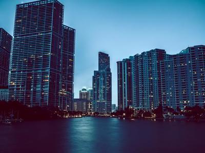 荣灿·惠州中心新品全球发布,耀世呈现