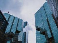 王健林:万达今后将告别房地产!网友:中国房产行业即将要变天?